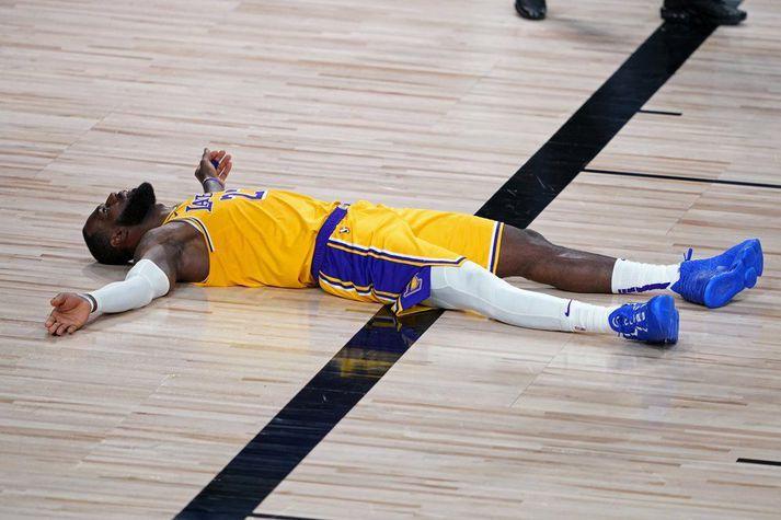 LeBron þarf aðeins meiri aðstoð frá samherjum sínum ef Lakers ætlar ekki að detta óvænt út gegn Portland.