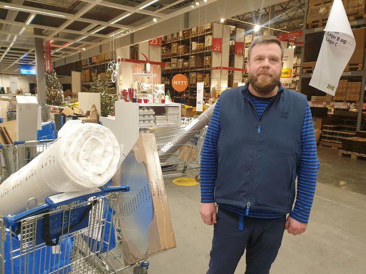 Stefán Rúnar Dagsson, framkvæmdastjóri IKEA á lagernum í dag.