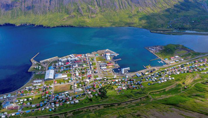 Það var að morgni dags í maí 2020 sem karlmaðurinn ók sem leið á frá Akureyri og norður á Siglufjörð.