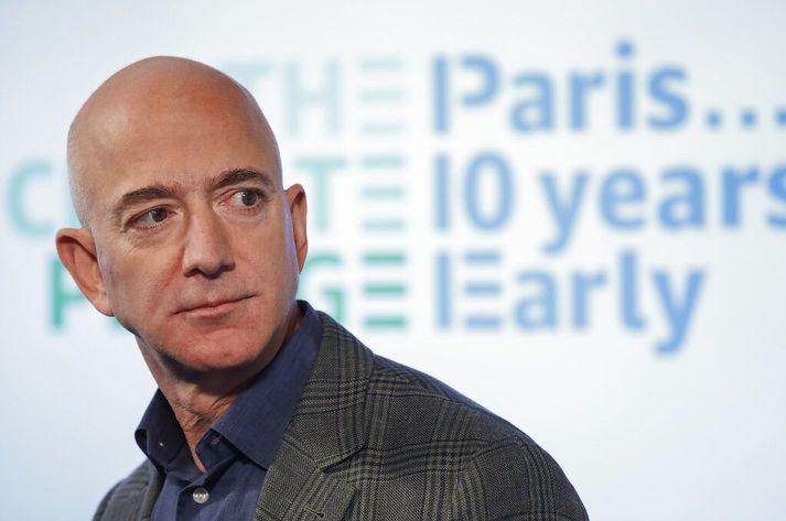 Í gögnunum er því haldið fram að Jeff Bezos, eigandi Amazon, hafi ekki greitt neinn skatt 2007 og 2011.