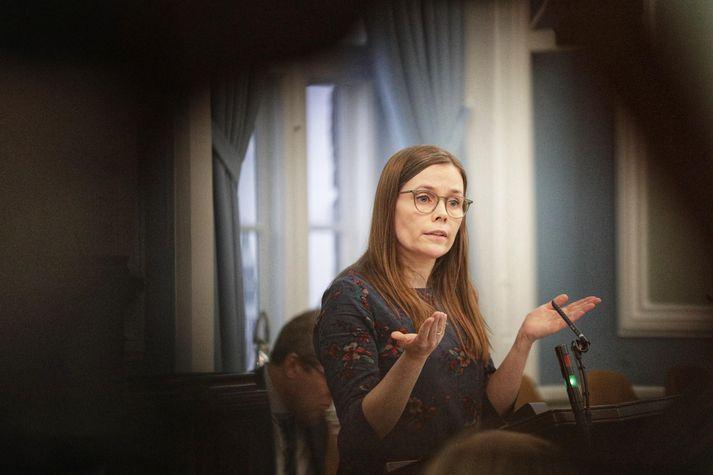 Katrín Jakobsdóttir forsætisráðherra í ræðustól Alþingis í dag.
