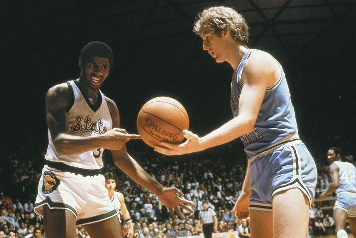 Larry Bird hjá Indiana State og Magic Johnson hjá Michigan State í úrslitaleik bandaríska háskólakörfuboltans 26. mars 1979.