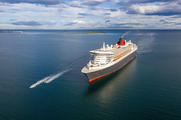 Queen Mary 2 kom til hafnar í Reykjavík í morgun.
