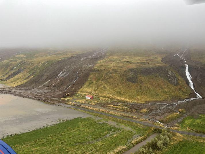Fjölmargar aurskriður féllu í Útkinn um þarsíðustu helgi.