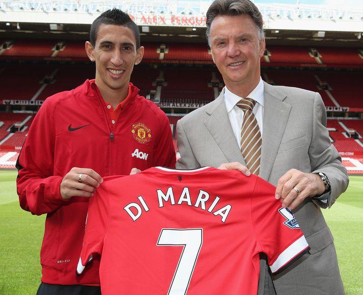 """Ángel Di María og """"vandamálið"""" Louis van Gaal með treyju númer sjö hjá Manchester United sem hafði litla þýðingu fyrir Argentínumanninn."""