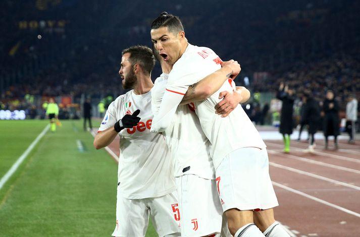 Ronaldo skoraði úr vítaspyrnu gegn Roma.