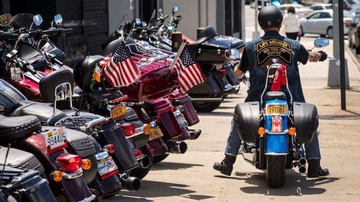 Verð á mótorjólum Harley Davidson mun hækka um 250 þúsund krónur.