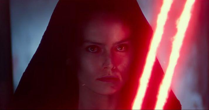 Daisy Ridley leikur hetjuna Rey.