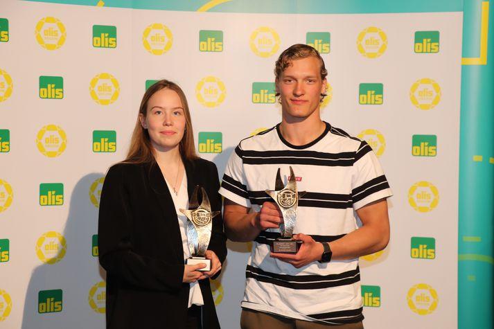 Rakel Sara Elvarsdóttir og Blær Hinriksson voru valin efnilegust á Íslandsmótinu í handbolta.
