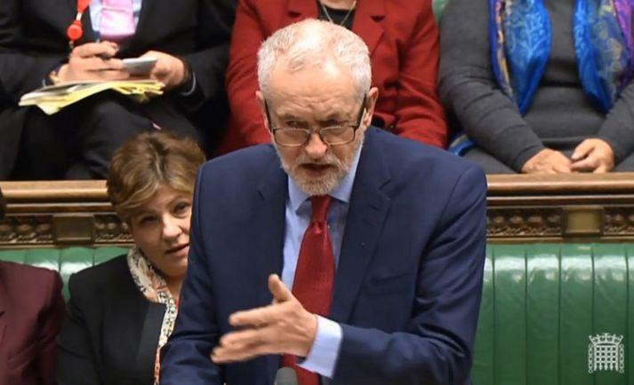 Corbyn fordæmdi ekki rússnesk stjórnvöld fyrir eiturefnaárásina í Salisbury og krafðist frekari rannsóknar.