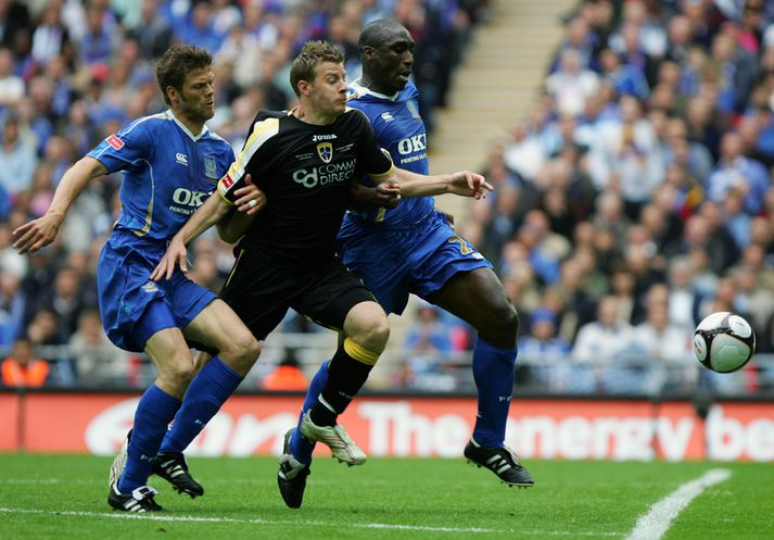 Sol Campbell og Hermann Hreiðarsson í bikarúrslitaleiknum sem þeir unnu saman með Portsmouth árið 2008.