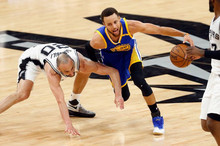 Manu Ginobili og Stephen Curry.