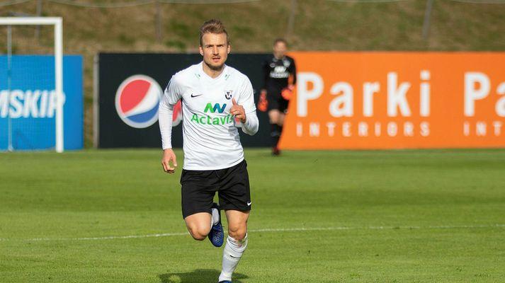 Pétur Viðarsson spilar með FH í sumar.