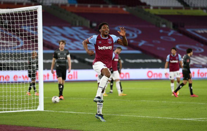 Hinn ungi Oladapo Afolayan kom inn á og skoraði fjórða mark West Ham.
