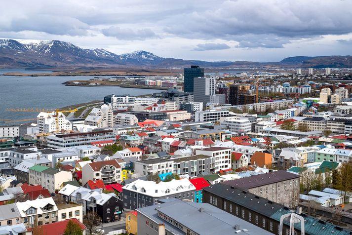Það léttir til á suðvesturhorninu á laugardag.