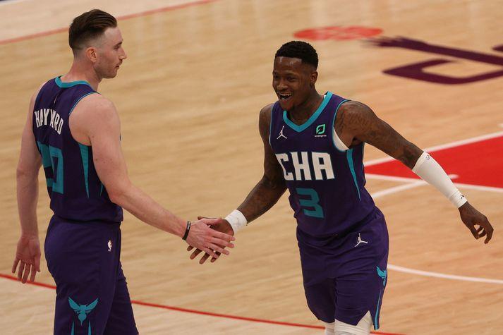 Terry Rozier og Gordon Hayward skoruðu samtals 53 stig fyrir Charlotte Hornets í sigrinum á Washington Wizards.
