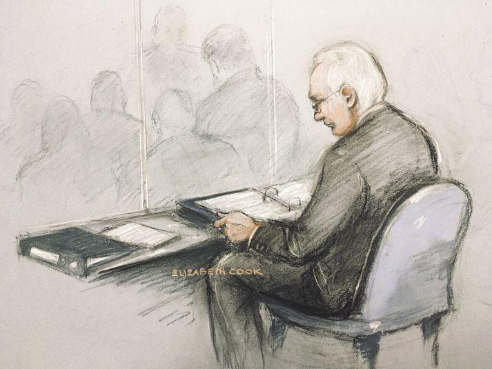 Teikning af Assange í réttarsal í morgun.