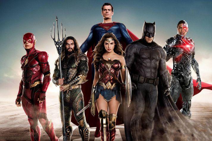 Joss Whedon sá um að sigla Justice League í höfn.