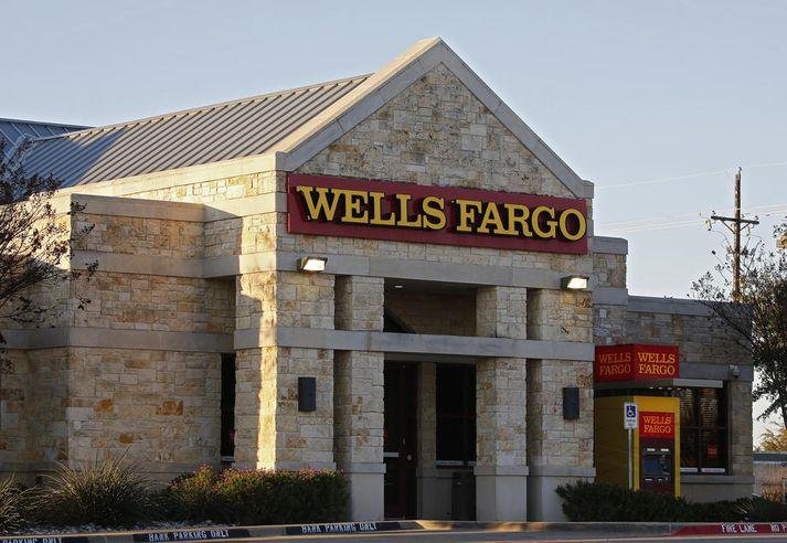 Mikið hefur gengið á hjá Wells Fargo vegna fjölda hneykslismála. Bankinn hefur farið í gegnum þrjá bankastjóra á þremur árum.