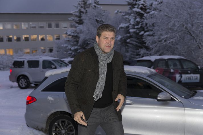 Bjarni Benediktsson virtist vongóður þegar hann mætti til fundar við þingflokk sinn í Valhöll í gærmorgun.