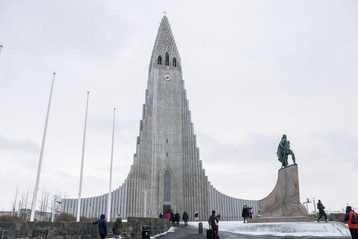 Útsýnið úr Hallgrímskirkjuturni malaði gull fyrir kirkjuna í fyrra.