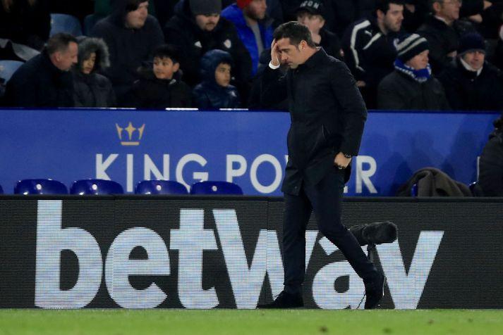 Marco Silva á hliðarlínunni í gær, skömmu eftir sigurmark Leicester.