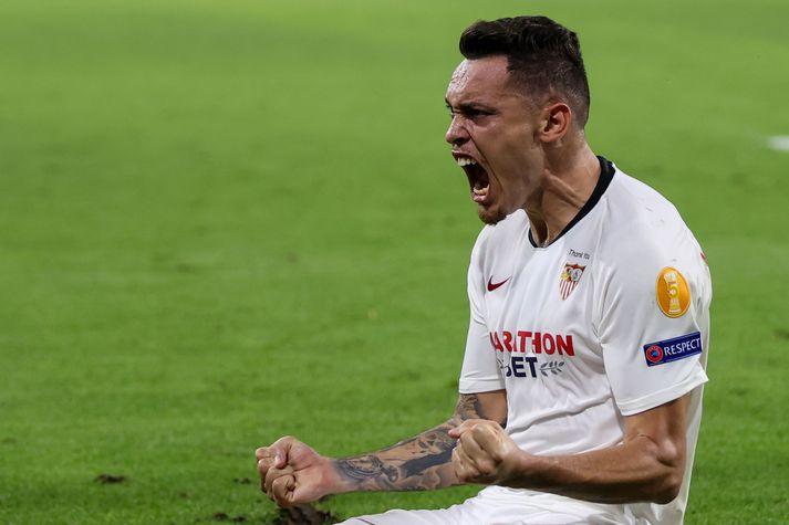 Lucas Ocompos var hetja Sevilla gegn Wolves.