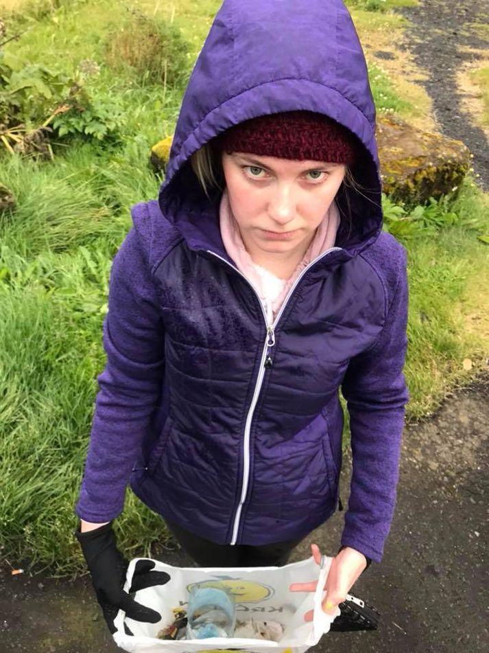Rachel McAfee þótti leiðinlegt að sjá allt þetta rusl við náttúruperlurnar á Suðurlandi.