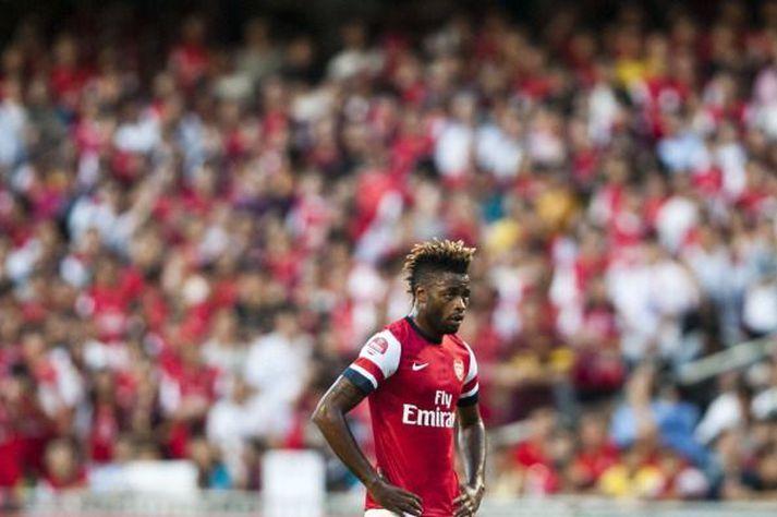 Alex Song í leik með Arsenal árið 2012. Nú er hann án félags.