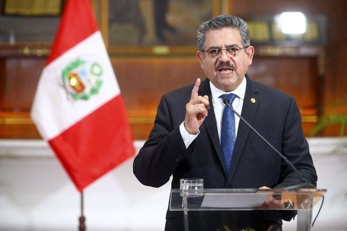 Manuel Merino, forseti Perú, sagði af sér í dag eftir aðeins nokkra daga í embætti.