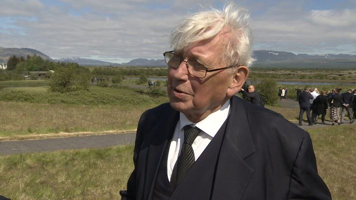 Halldór Blöndal við minningarathöfnina á Þingvöllum í dag.