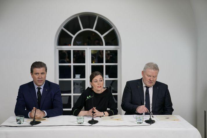 Formennirnir þrír hafa haft í nógu að snúast undanfarna daga. Stjórn þeirra verður formlega kynnt í dag.