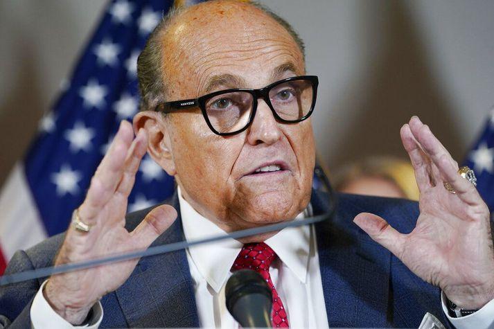 Giuliani er nú til rannsóknar vestanhafs vegna samskipta sinna við úkraínska ráðamenn.