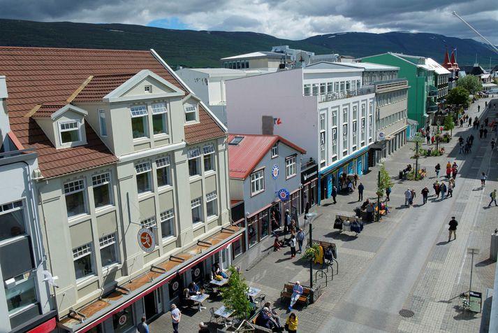 Veðrið hefur leikið við Akureyringa og nærsveitunga í júlí.