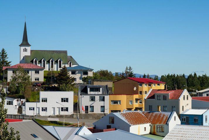 Frá Borgarnesi þar sem atkvæði Norðvesturkjördæmis eru talin.