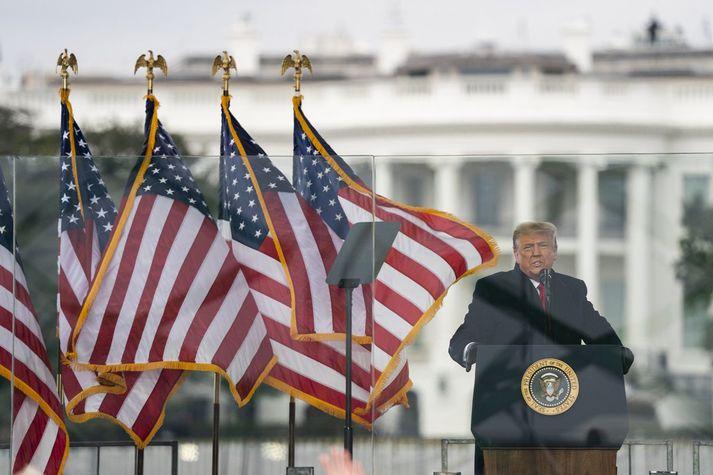 Donald Trump, þegar hann hélt ræðu fyrir framan Hvíta húsið í gær.
