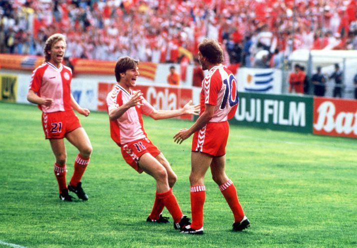 Preben Elkjær Larsen og Michael Laudrup fagna hér marki á HM í Mexíkó 1986.