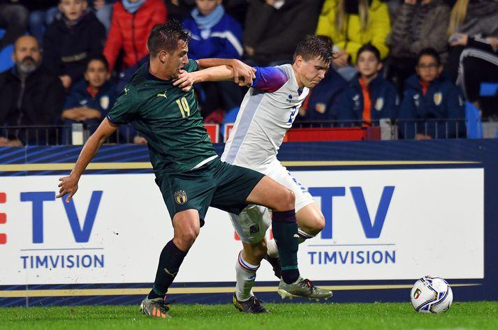 Alfons í leik með U21 árs landsliði Íslendinga gegn Ítalíu.