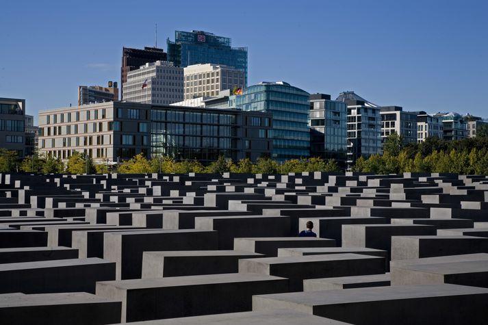 Frá minnismerkinu um Helförina í Berlín.