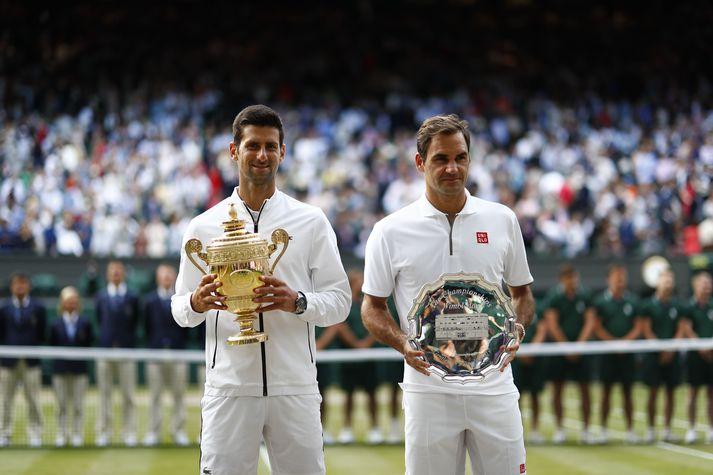 Novak Djokovic og Roger Federer mættust í úrslitum einliðaleiks karla á Wimbledon í fyrra.
