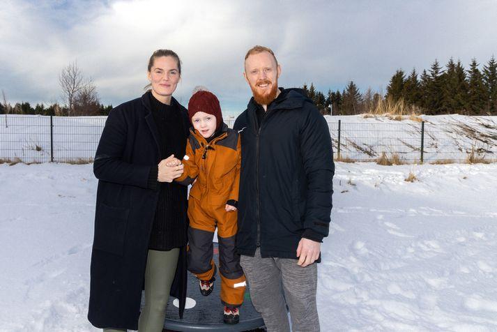 Guðrún Ósk Maríasdóttir og Árni Björn Kristjánsson berjast fyrir NPA þjónustu fyrir Halldóru dóttur sína.