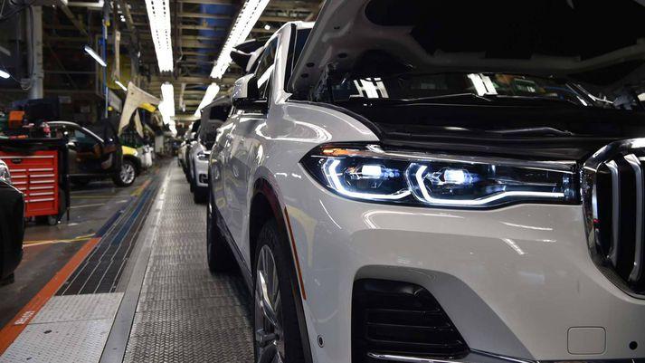 Fyrstu eintökin af BMW X7 á færiböndunum í Spartanburg.