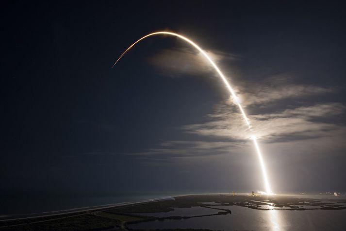 Markmið SpaceX er að koma gífurlegum fjölda Starlink-gervihnatta á braut um jörðu.