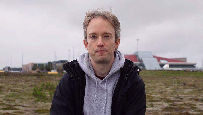 Tom Scott átti ekki sjö dagana sæla í síðustu Íslandsheimsókn sinni.