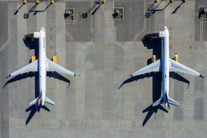 Icelandair hefur bæði fengið bætur frá Boeing og samið um mótttöku færri MAX flugvéla eftir að allur floti slíkra flugvéla í heiminum var kyrrsettur í mars 2019.