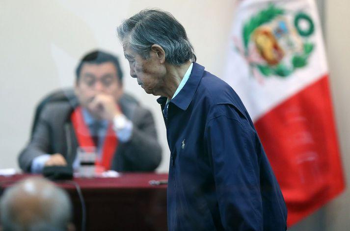 Fujimori bar vitni í máli gegn fyrrverandi yfirmanna í stjórnarhernum fyrr á þessu ári. Hann er nú áttræður að aldri.