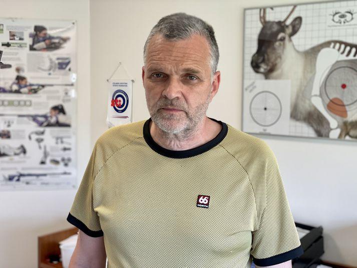 Jónas Hafsteinsson er lögreglufulltrúi hjá leyfadeild.