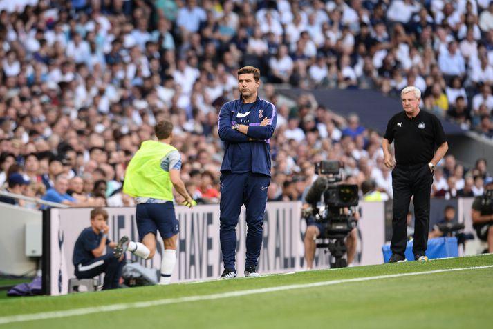 Pochettino á hliðarlínunni á Tottenham-vellinum í dag.