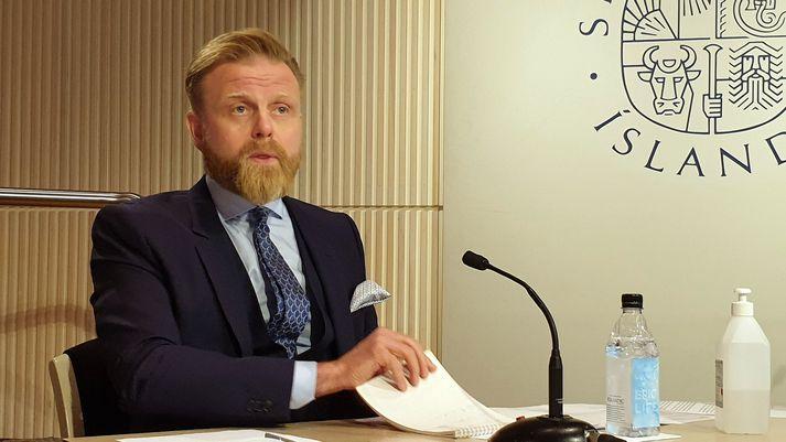 Ásgeir Jónsson seðlabankastjóri reiknar með að nú fari að renna upp tími endurskipulagningar fyrirtækja hjá bönkunum.