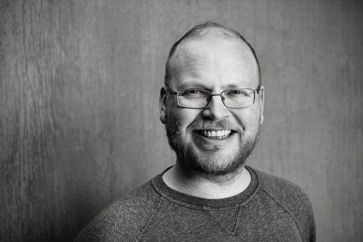 Hlynur Páll Pálsson hefur starfað sem fræðslustjóri Borgarleikhússins.